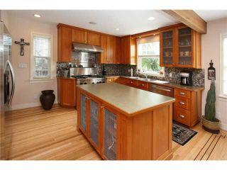 Photo 4: 827 15th Street in New Westminster: Multifamily  : MLS®# V840518