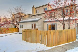 Photo 3: 404 1540 29 Street NW in Calgary: St Andrews Heights Apartment for sale : MLS®# C4281452