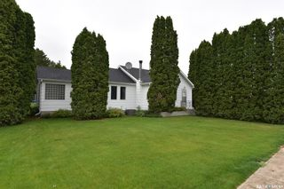 Photo 2: 115 4th Avenue East in Nipawin: Residential for sale : MLS®# SK862776