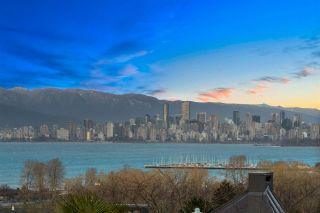 Photo 2: 4568 BELLEVUE Drive in Vancouver: Point Grey House for sale (Vancouver West)  : MLS®# R2544603