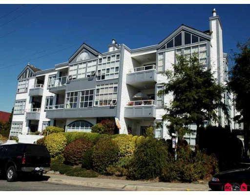 """Main Photo: 102 15131 BUENA VISTA Avenue in White_Rock: White Rock Condo for sale in """"Bay Pointe"""" (South Surrey White Rock)  : MLS®# F2727209"""