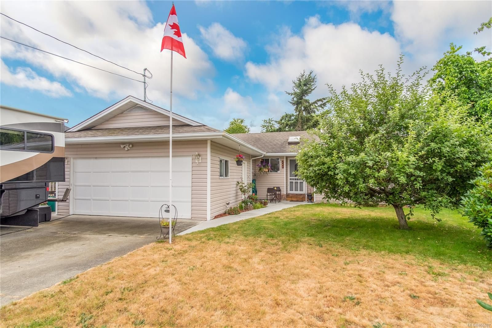 Main Photo: 532 Wilrose Pl in : Du Ladysmith House for sale (Duncan)  : MLS®# 850197