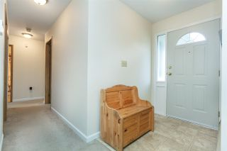 Photo 2: 20946 COOK Avenue in Maple Ridge: Southwest Maple Ridge House for sale : MLS®# R2135784