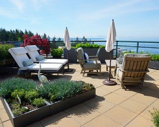 """Photo 33: 1102 14824 NORTH BLUFF Road: White Rock Condo for sale in """"BELAIRE"""" (South Surrey White Rock)  : MLS®# R2350476"""