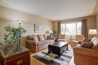 Photo 4: 731 45 Street SW in Calgary: Westgate Detached for sale : MLS®# A1092101