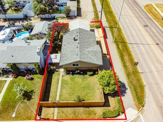 Photo 3: 1003 Heritage Drive SW in Calgary: Haysboro Detached for sale : MLS®# A1145835