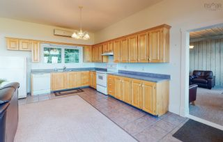 Photo 4: 380 Stewart Mountain Road in Blomidon: 404-Kings County Residential for sale (Annapolis Valley)  : MLS®# 202123106