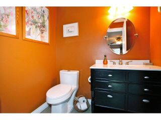 """Photo 13: 2 9988 149TH Street in Surrey: Guildford Townhouse for sale in """"Tall Timbers"""" (North Surrey)  : MLS®# F1426430"""