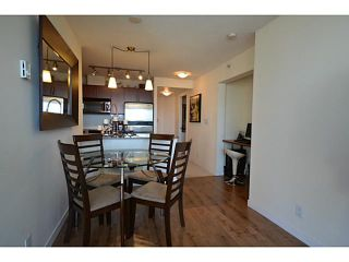 """Photo 5: 1101 833 AGNES Street in New Westminster: Downtown NW Condo for sale in """"The News"""" : MLS®# V1118257"""