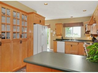 """Photo 8: 1366 LEE Street: White Rock House for sale in """"White rock"""" (South Surrey White Rock)  : MLS®# R2547473"""