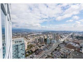 """Photo 2: 5101 4670 ASSEMBLY Way in Burnaby: Metrotown Condo for sale in """"Station Square"""" (Burnaby South)  : MLS®# R2351186"""