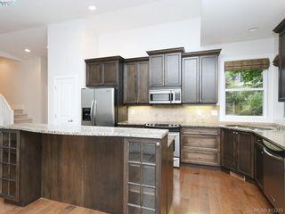 Photo 8: 1210 Lavinia Lane in VICTORIA: SE Cordova Bay House for sale (Saanich East)  : MLS®# 819540