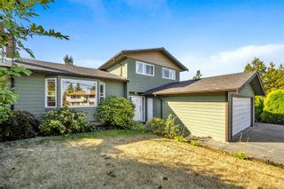 Main Photo: 591 Kenneth St in : SW Glanford House for sale (Saanich West)  : MLS®# 886231