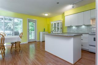 """Photo 7: 93 12711 64 Avenue in Surrey: West Newton Townhouse for sale in """"Palette On The Park"""" : MLS®# R2342430"""