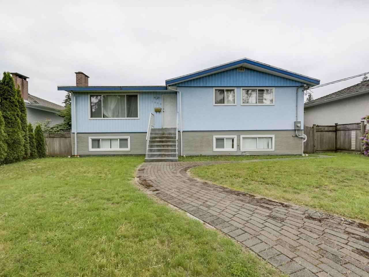 Main Photo: 1058 SMITH Avenue in Coquitlam: Central Coquitlam House for sale : MLS®# R2269933