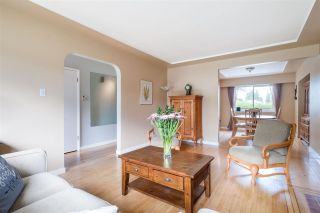 """Photo 10: 8555 KARRMAN Avenue in Burnaby: The Crest House for sale in """"The Crest"""" (Burnaby East)  : MLS®# R2473299"""