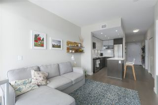 """Photo 7: 310 688 E 19TH Avenue in Vancouver: Fraser VE Condo for sale in """"BOLD on Fraser"""" (Vancouver East)  : MLS®# R2407813"""