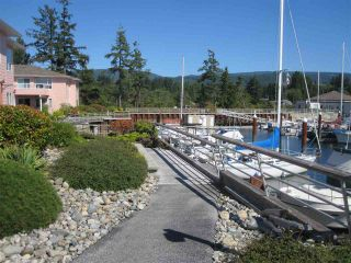 Photo 9: 207 1585 FIELD Road in Sechelt: Sechelt District Condo for sale (Sunshine Coast)  : MLS®# R2471792