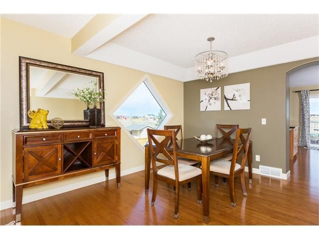 Photo 4: Photos: 664 LUXSTONE Landing SW: Airdrie House for sale : MLS®# C4106944