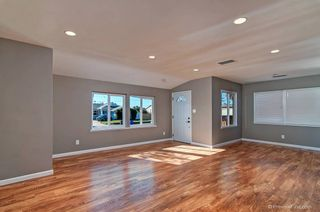 Photo 4: LA MESA House for sale : 3 bedrooms : 8716 Dallas Street