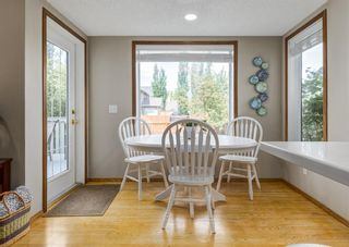 Photo 12: 126 Strathridge Close SW in Calgary: Strathcona Park Detached for sale : MLS®# A1123630