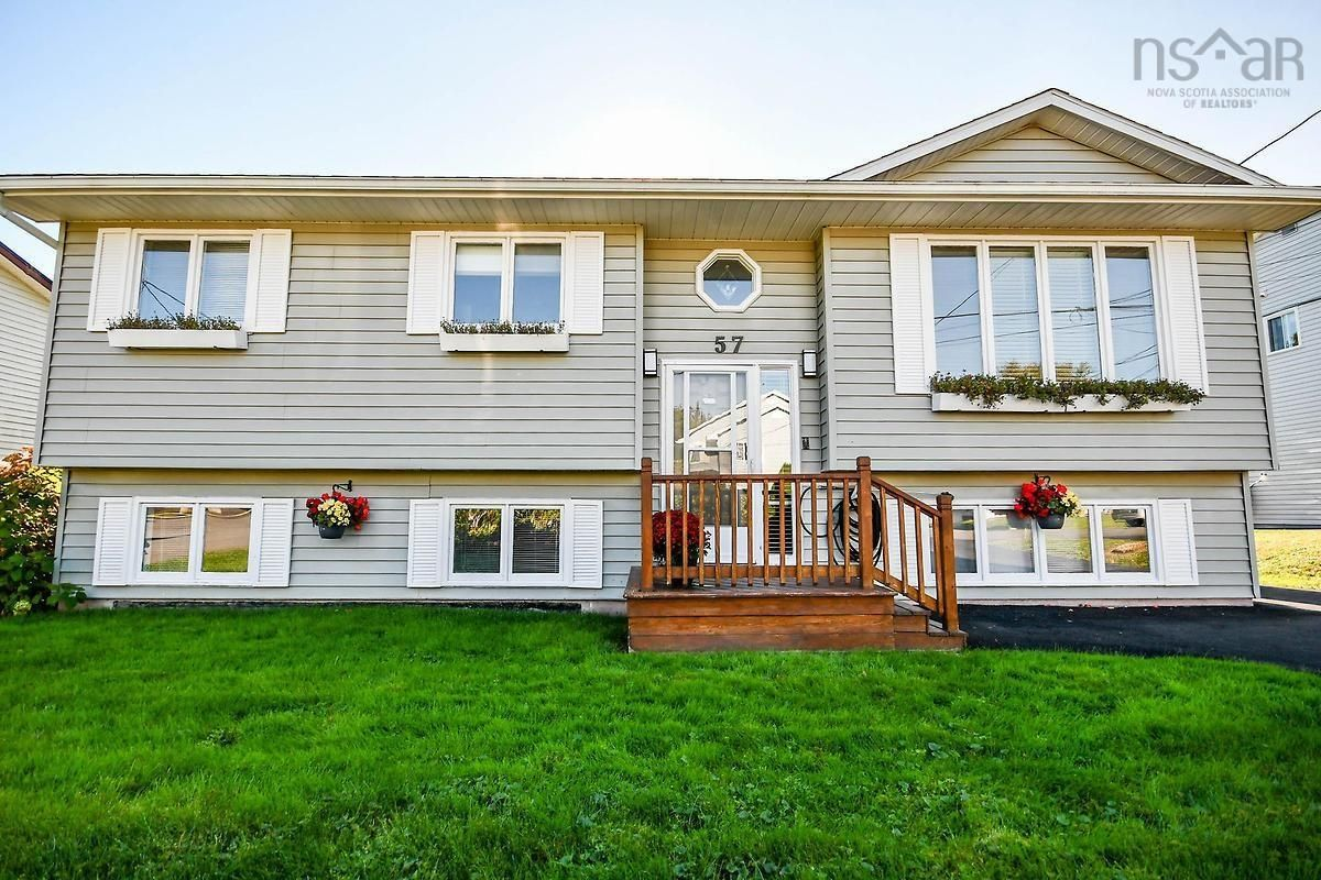 Main Photo: 57 Sprucewood Avenue in Timberlea: 40-Timberlea, Prospect, St. Margaret`S Bay Residential for sale (Halifax-Dartmouth)  : MLS®# 202125525