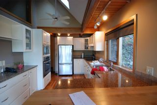 Photo 3: 6877 Mark Lane in Victoria: Residential for sale : MLS®# 274997