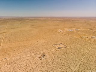 Photo 1: 0 Vacant in Mojave: Land for sale (MOJV - Mojave)  : MLS®# OC21095300