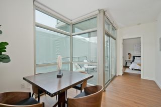 Photo 8: DOWNTOWN Condo for sale : 1 bedrooms : 800 The Mark Ln #302 in San Diego