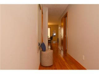 Photo 2: 102 24 MISSION Road SW in Calgary: Parkhill_Stanley Prk Condo for sale : MLS®# C3639070