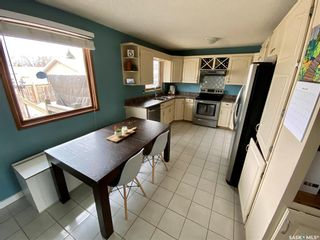 Photo 6: 235 McCarthy Boulevard North in Regina: Normanview Residential for sale : MLS®# SK850872