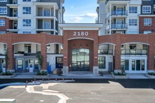 """Photo 1: 4615 2180 KELLY Avenue in Port Coquitlam: Central Pt Coquitlam Condo for sale in """"Montrose Square"""" : MLS®# R2613149"""