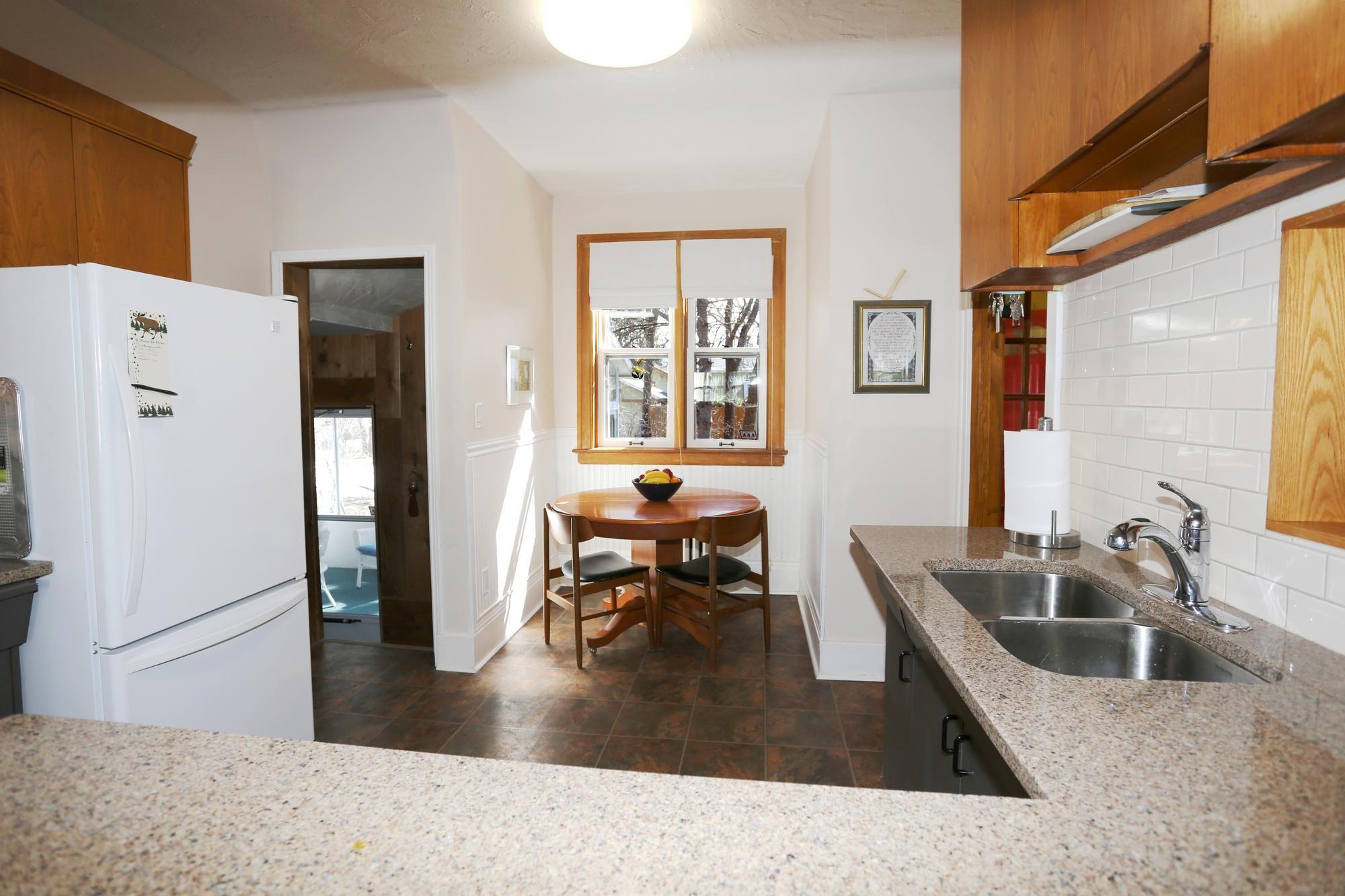 Photo 10: Photos: 109 Garfield Street South in Winnipeg: Wolseley Single Family Detached for sale (5B)  : MLS®# 1808340
