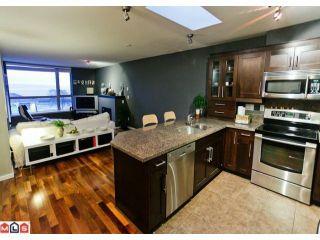 "Photo 3: 311 15777 MARINE Drive: White Rock Condo for sale in ""White Rock Beach"" (South Surrey White Rock)  : MLS®# F1108866"