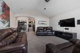 Photo 15: 1 Everglade Place SW in Calgary: Evergreen Detached for sale : MLS®# A1104677