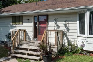Photo 2: 416 Andrew Street: Shelburne House (Bungalow) for sale : MLS®# X4542998