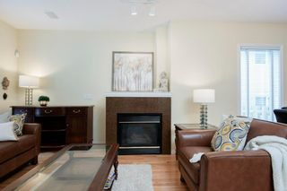 Photo 6: 2 3711 15A Street SW in Calgary: Altadore Row/Townhouse for sale : MLS®# A1138053
