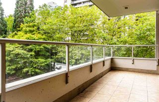 "Photo 12: 403 6070 MCMURRAY Avenue in Burnaby: Forest Glen BS Condo for sale in ""La Mirage"" (Burnaby South)  : MLS®# R2488185"
