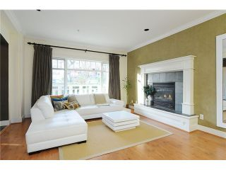 """Photo 5: 4472 QUEBEC Street in Vancouver: Main House for sale in """"MAIN STREET"""" (Vancouver East)  : MLS®# V1037297"""