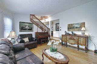 Photo 12: 99 Edgeland Rise NW in Calgary: Edgemont Detached for sale : MLS®# A1132254