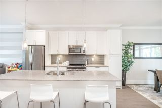 """Photo 1: 2 2139 PRAIRIE Avenue in Port Coquitlam: Glenwood PQ Townhouse for sale in """"Westmount Park"""" : MLS®# R2389306"""