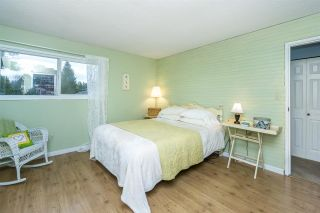 """Photo 16: 4965 198B Street in Langley: Langley City House for sale in """"Mason Heights"""" : MLS®# R2245663"""