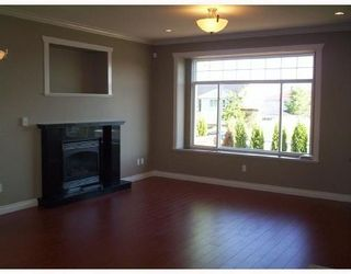 Photo 10: 4511 PARKER Street in Burnaby: Brentwood Park 1/2 Duplex for sale (Burnaby North)  : MLS®# V786784