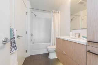 """Photo 12: 105 1621 HAMILTON Avenue in North Vancouver: Mosquito Creek Condo for sale in """"Heywood on the Park"""" : MLS®# R2393282"""