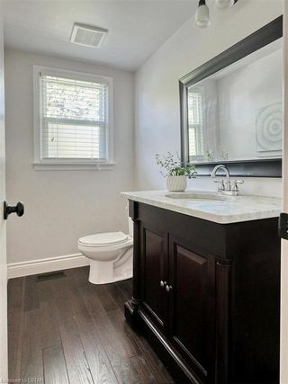 Photo 23: 7 DUNSMOOR Road in London: South M Residential for sale (South)  : MLS®# 40131975