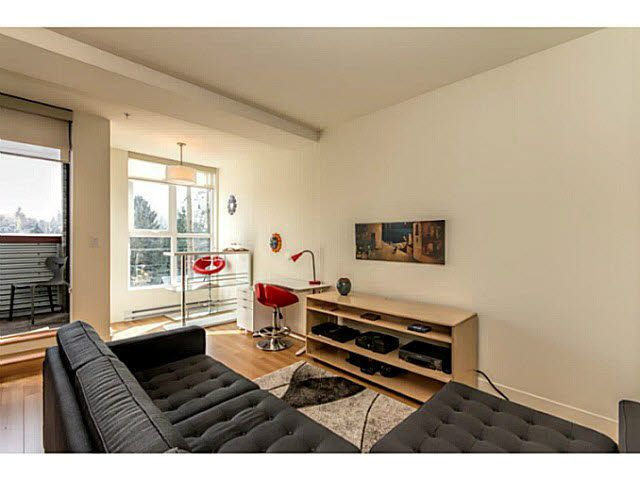 """Photo 4: Photos: 305 2250 COMMERCIAL Drive in Vancouver: Grandview VE Condo for sale in """"THE MARQUEE ON THE DRIVE"""" (Vancouver East)  : MLS®# V1109784"""