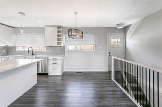 Photo 16: 7203 Fleetwood Drive SE in Calgary: Fairview Detached for sale : MLS®# A1129762