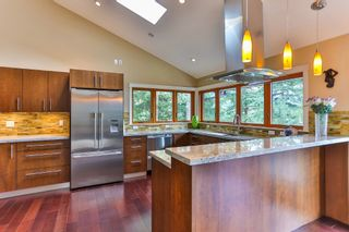 "Photo 8: 465 WESTHOLME Road in West Vancouver: West Bay House for sale in ""WEST BAY"" : MLS®# R2012630"