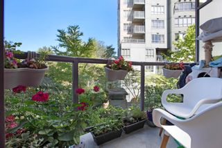"""Photo 18: 309 3455 ASCOT Place in Vancouver: Collingwood VE Condo for sale in """"QUEEN'S COURT"""" (Vancouver East)  : MLS®# R2613257"""