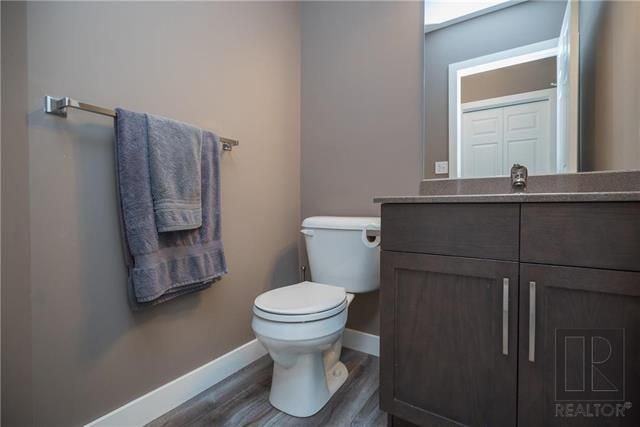 Photo 3: Photos: 39 Murray Rougeau Crescent in Winnipeg: Canterbury Park Residential for sale (3M)  : MLS®# 1822340